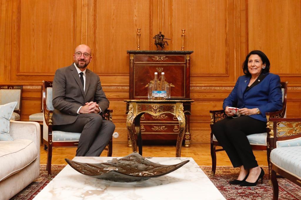 საქართველოს პრეზიდენტი სალომე ზურაბიშვილი და ევროპული საბჭოს პრეზიდენტი შარლ მიშელი