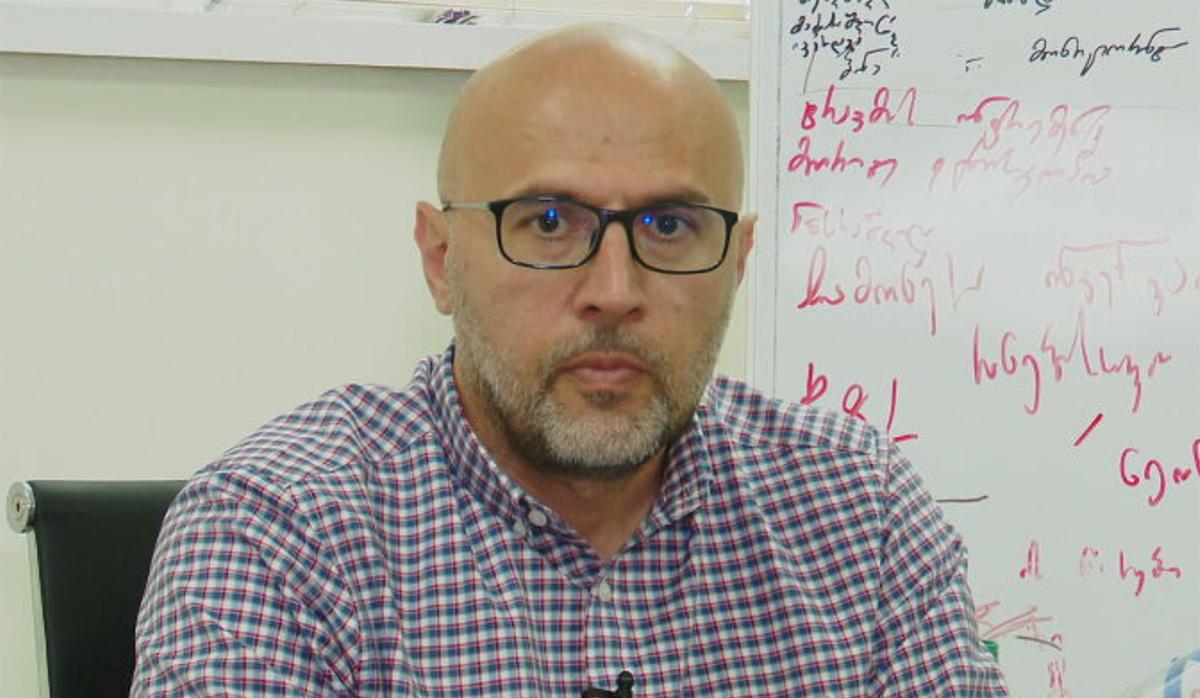 დავით რეხვიაშვილი, თბილისის ბავშვთა ერთ-ერთი კლინიკის დირექტორი